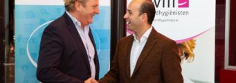 Leden van NVM-mondhygiënisten sluiten voortaan eenvoudig en online een contract met Famed